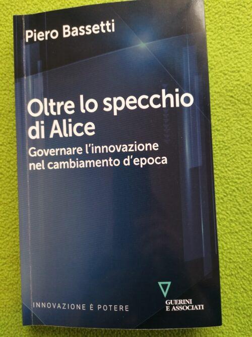 Oltre lo specchio: Alice e noi.